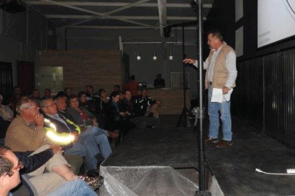 Col Botha: North West: CR & CSM CSI team commander in Phokeng addressing crime scene security.